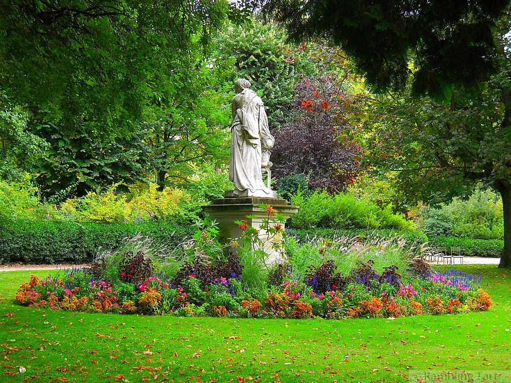 Luxembourg Garden Lady
