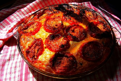 Roasted Tomato and Pepper Quiche