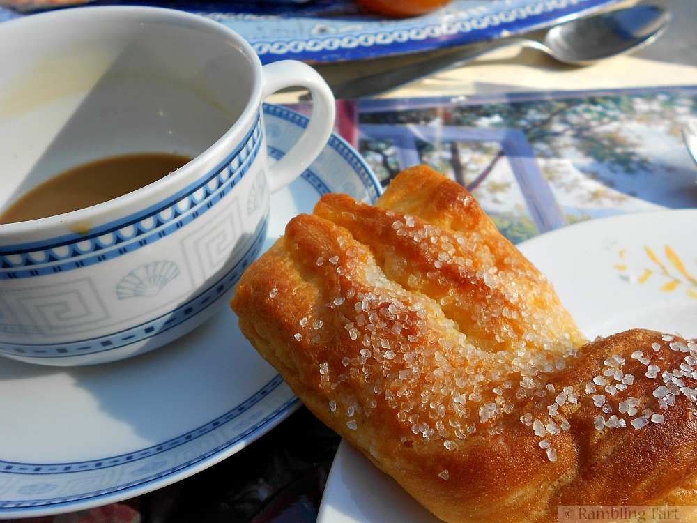 Italian coffee and pastry