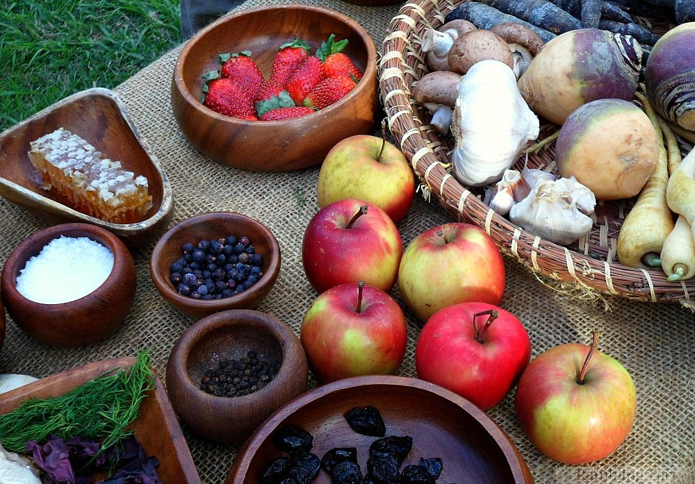 medieval fruit and veg