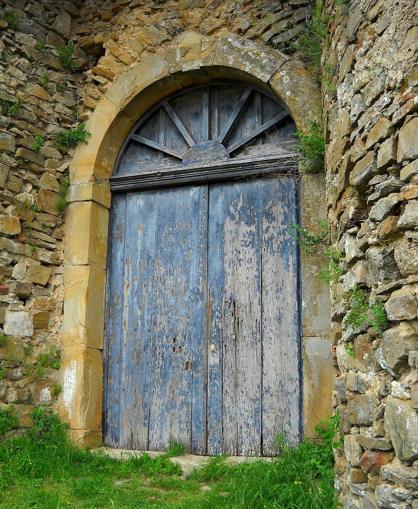 - The Comfort Of Old Doors » Ramblingtart
