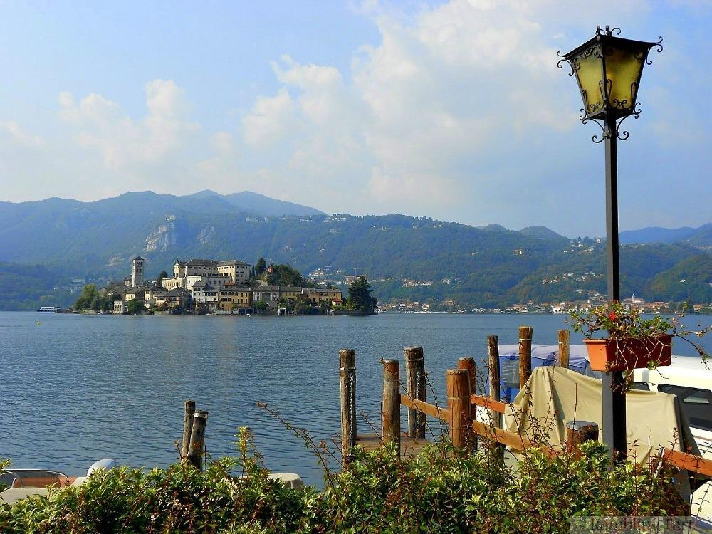 Lago di Orta dock