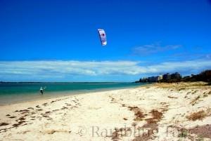 kitesurfing in Queensland by thinboyfatter
