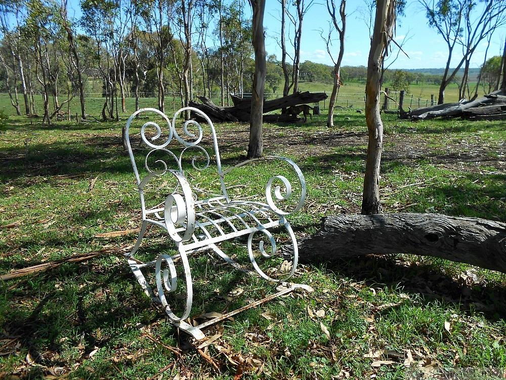 white wrought iron chair