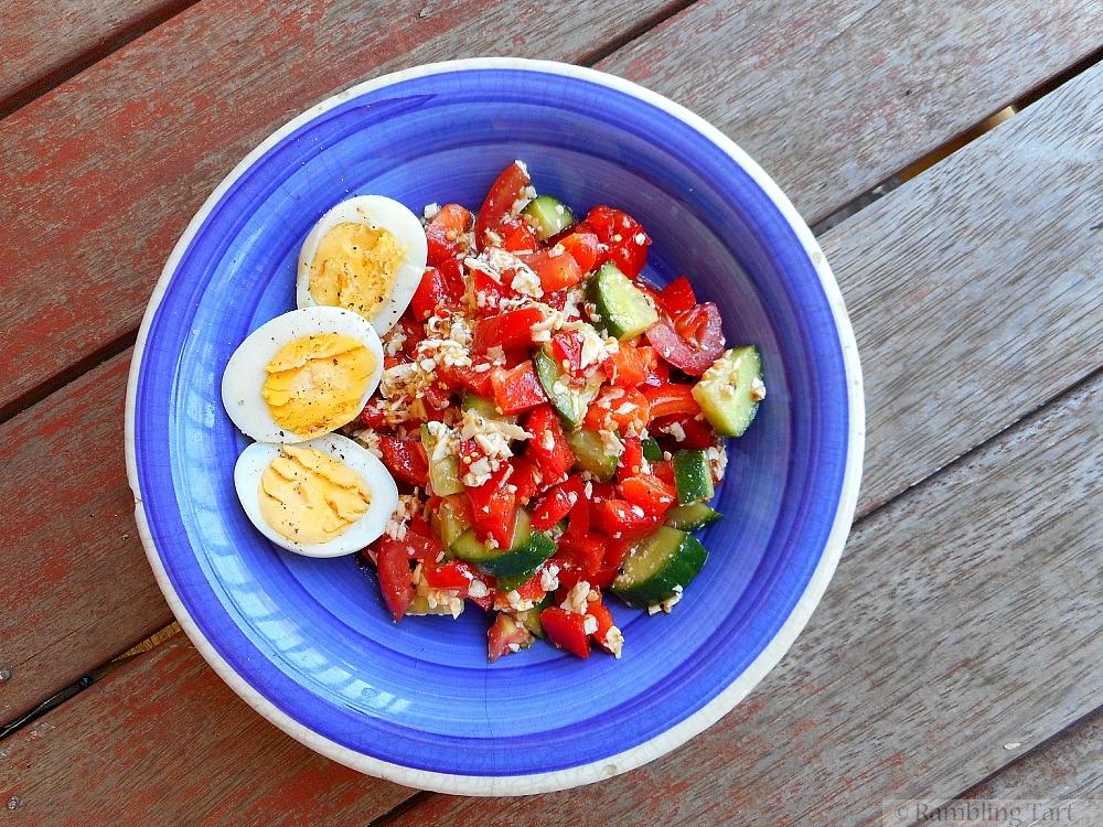 salad with feta dressing