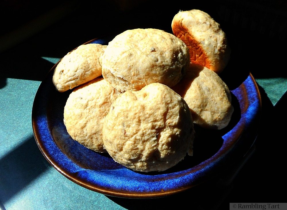 sunflower seed bread rolls
