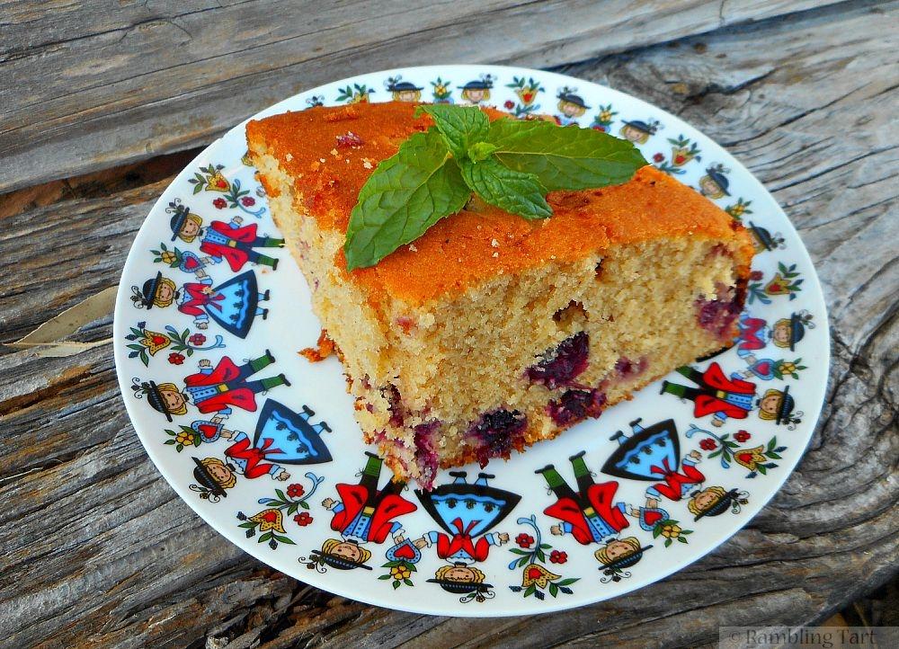 vanilla cake with boozy cranberries