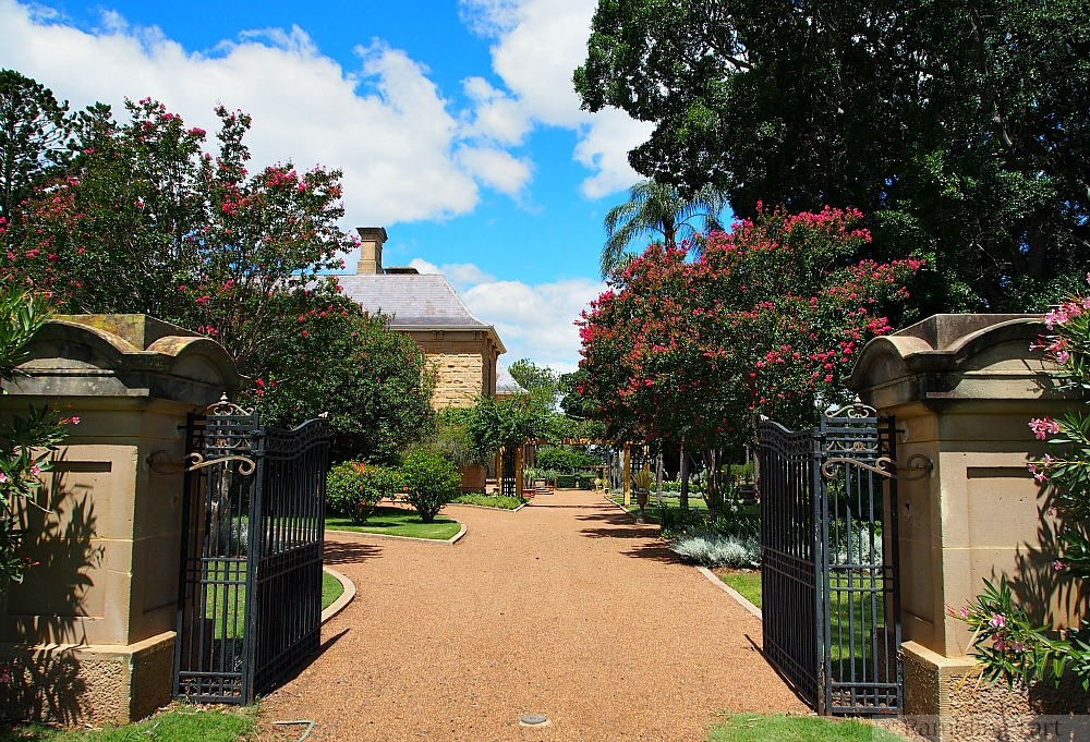Jimbour gates