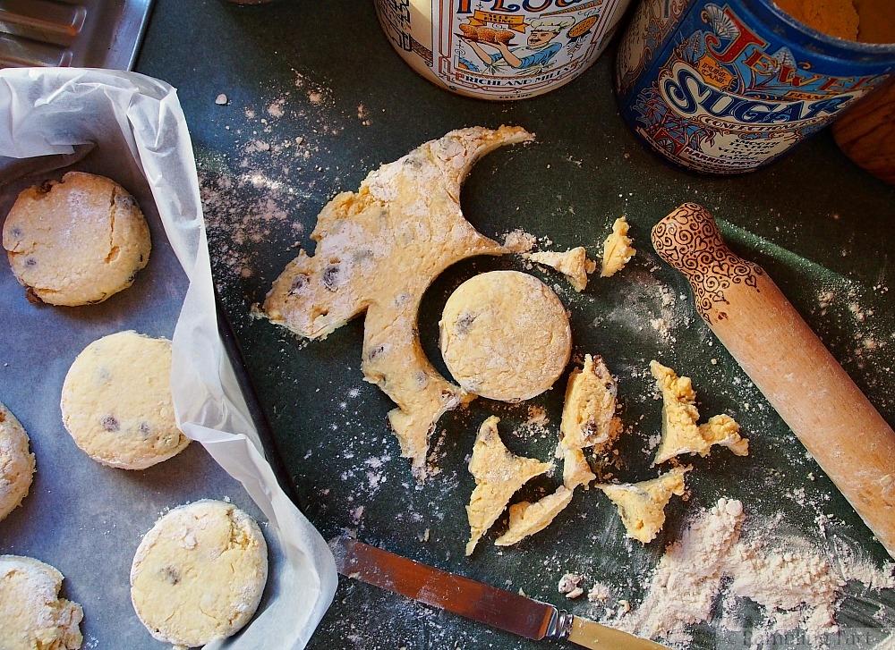 cutting buttermilk scones